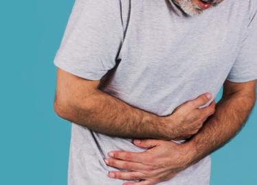 Quais são os principais fatores de risco da retocolite ulcerativa?